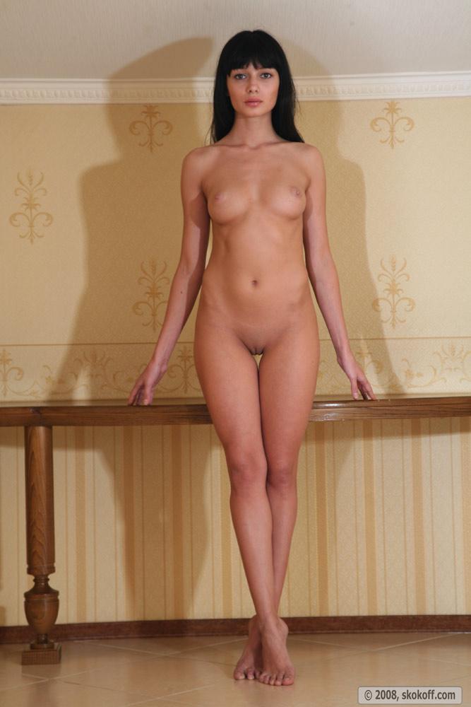 Фото голые высокие женщины