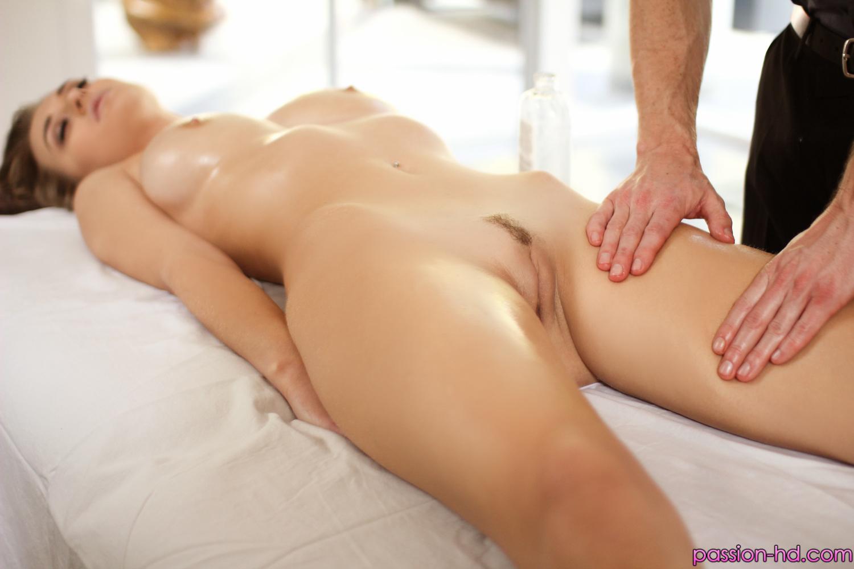 Видео в hd качестве эротический массаж
