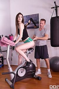 Lots Of Spanking At The Gym