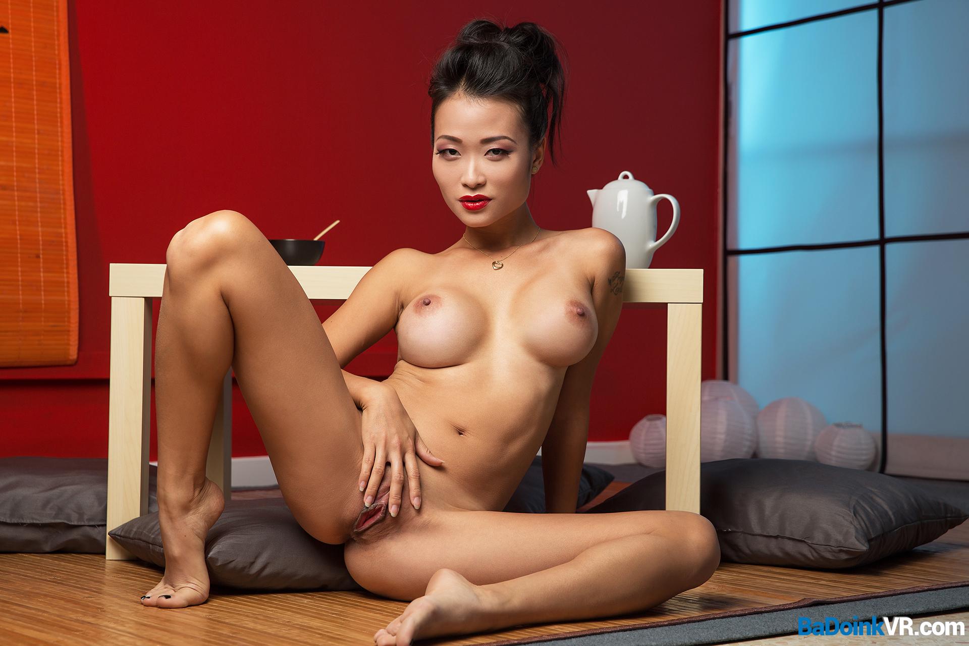 порно азиатки в эфире