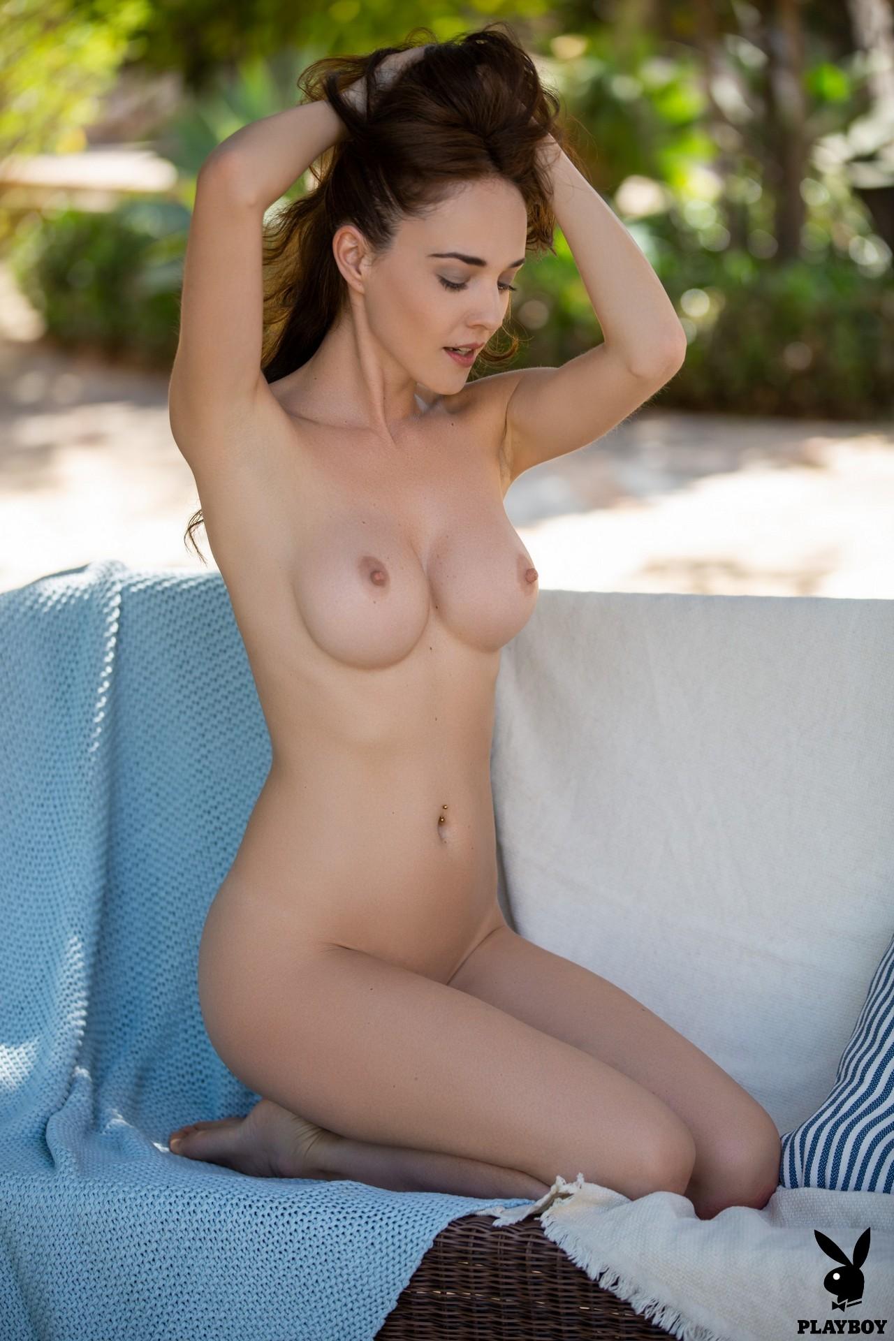 Bianka Helen - Serene Seduction at HQ Sluts